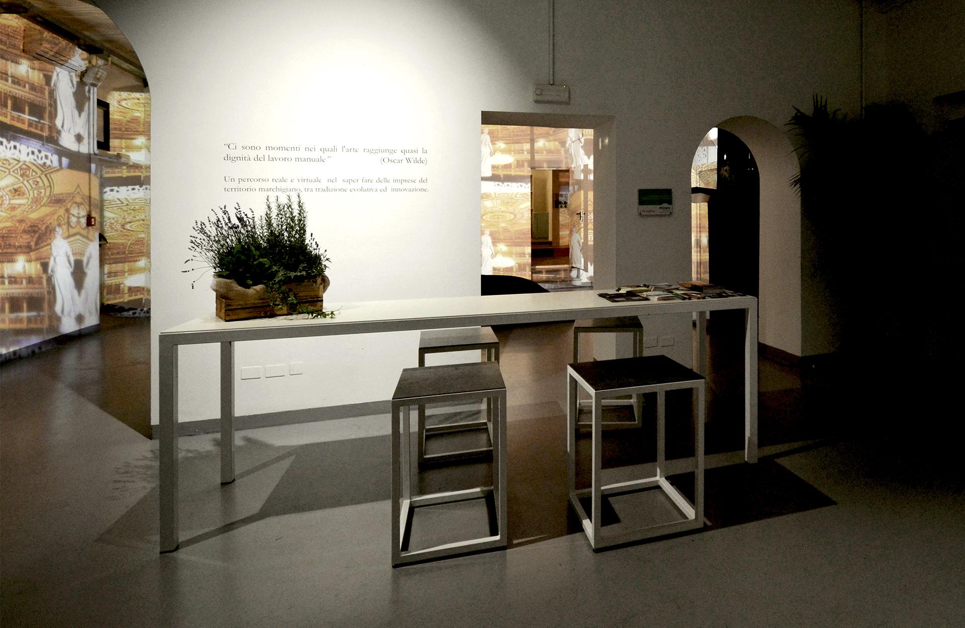Italian Makers Village. anche la location è stato oggetto di restyling ed allestimento. ingresso della location di via Tortona 32.