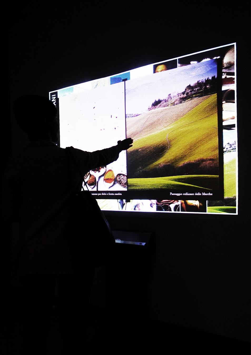 Italian Makers Village. realtà virtuale aumentata con il catalogo delle Eccellenze marchigiane.
