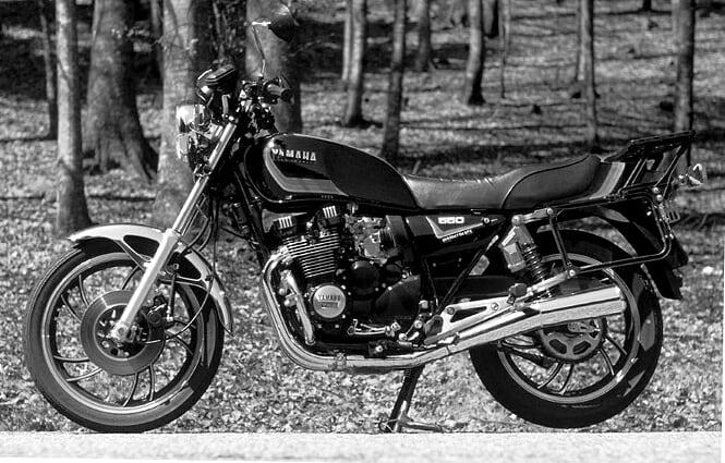 yamaha xj550. la moto originale