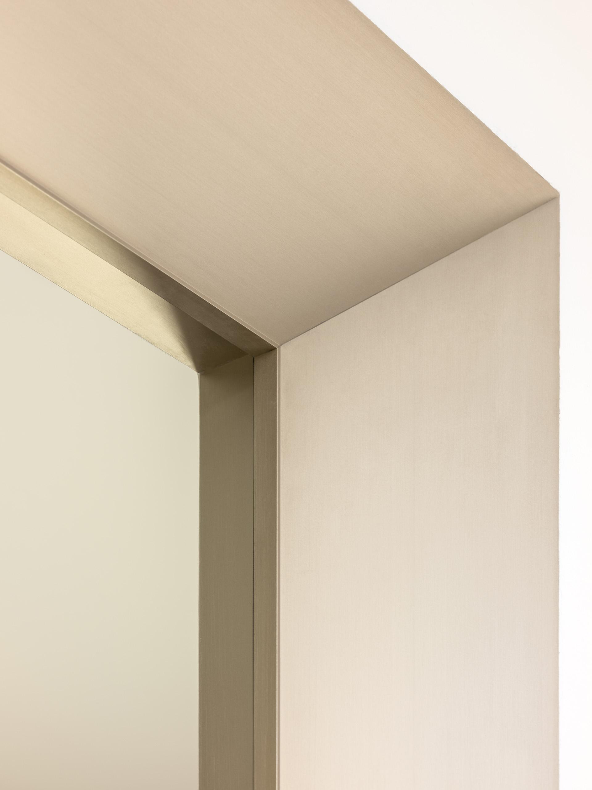 eclisse40 Collection - vista dello showroom di Milano in via delle Armi 2 - particolare in alto