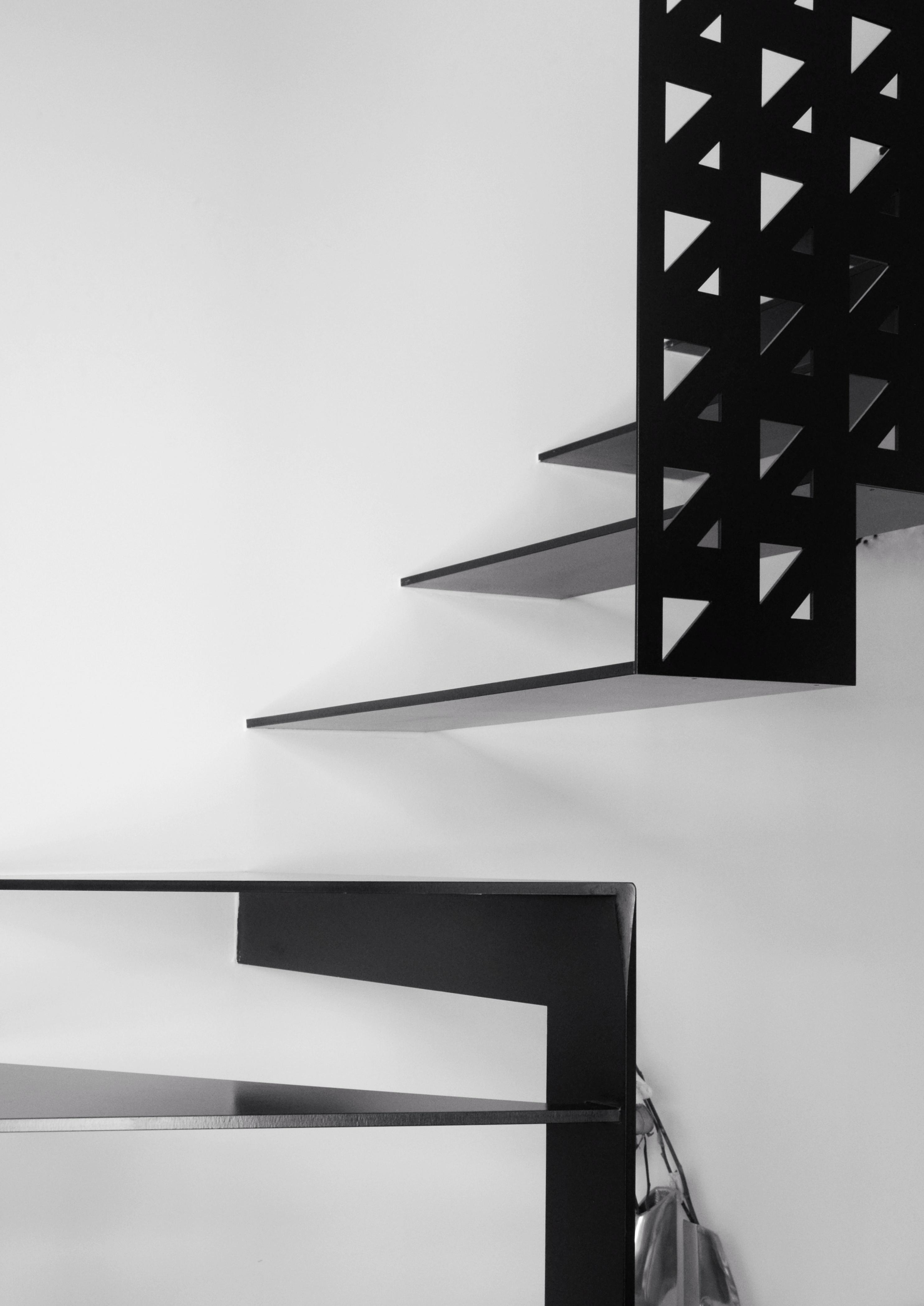 casa MTT FF la scala scomposta realizzata da Sandro Cerioni su disegno dell'architetto francesco valentini