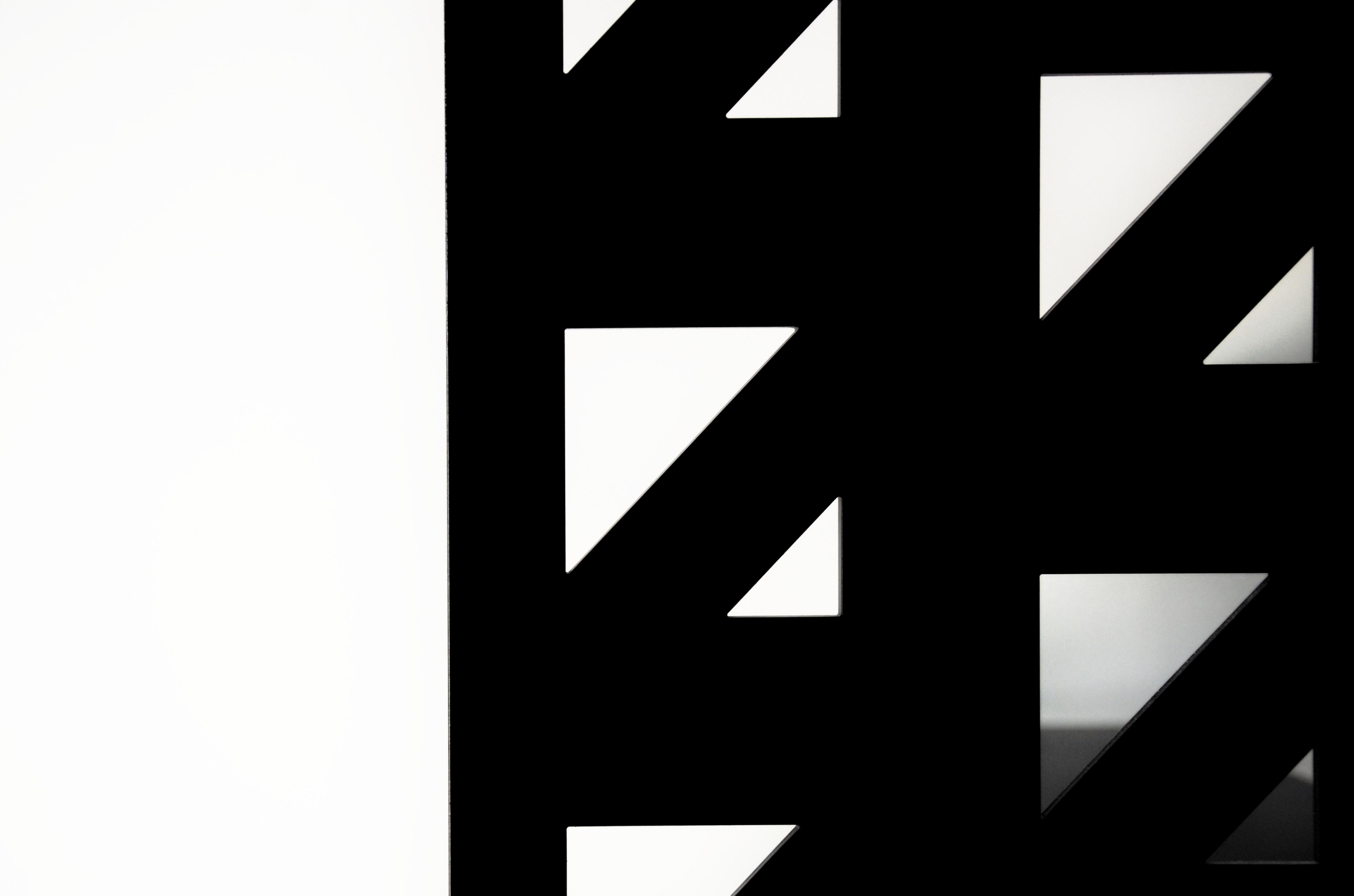 casa MTT FF dettaglio della scala realizzata da Sandro Cerioni su disegno dell'architetto francesco valentini